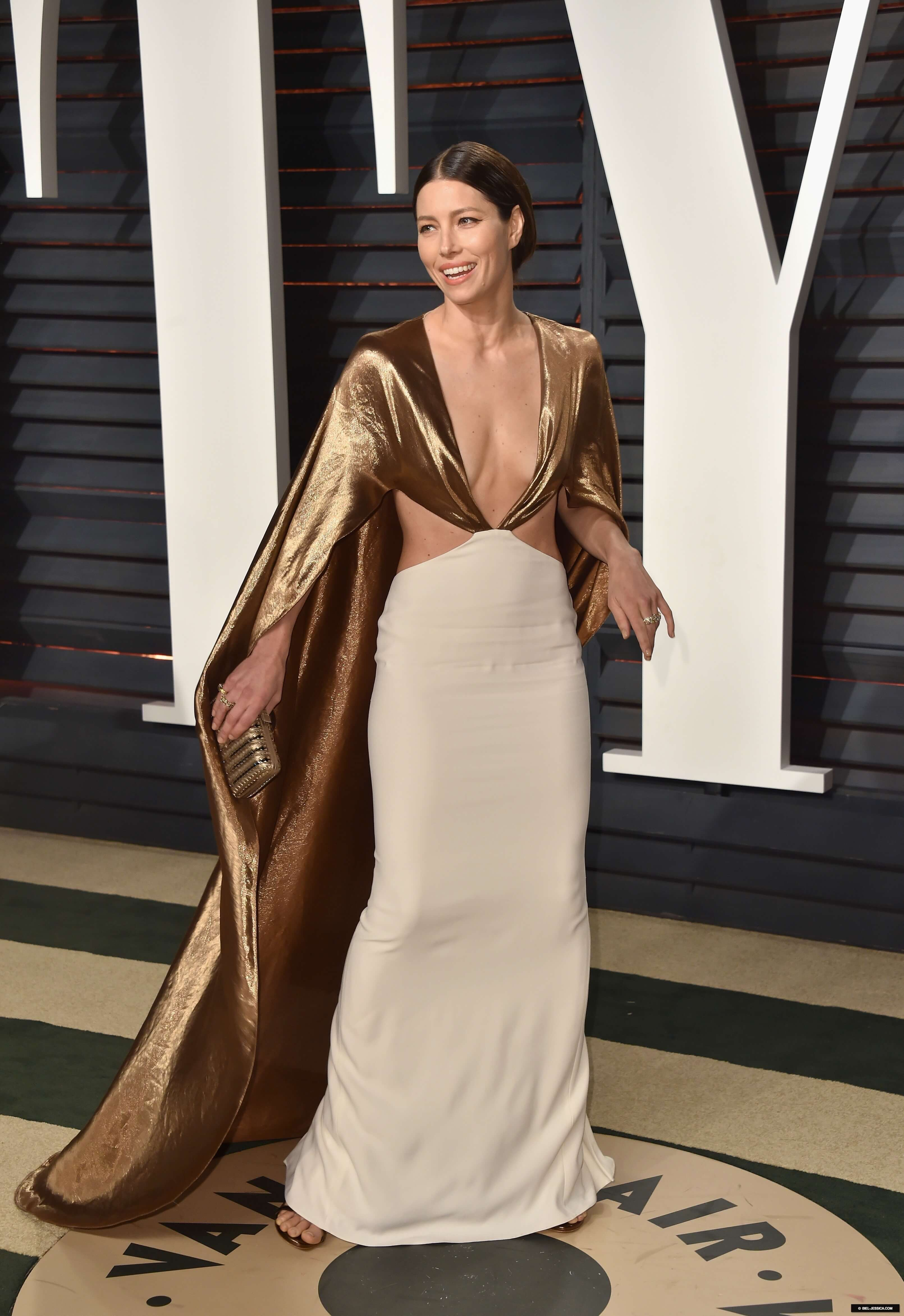 Jessica Biel hot dress look