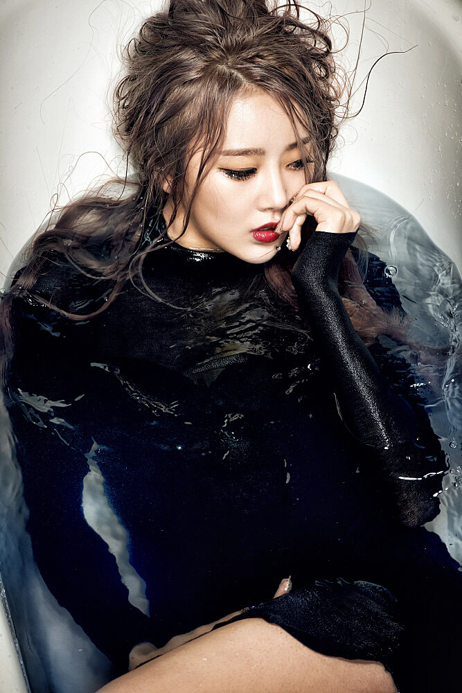 Jiyul – Dal Shabet hot black wet dress