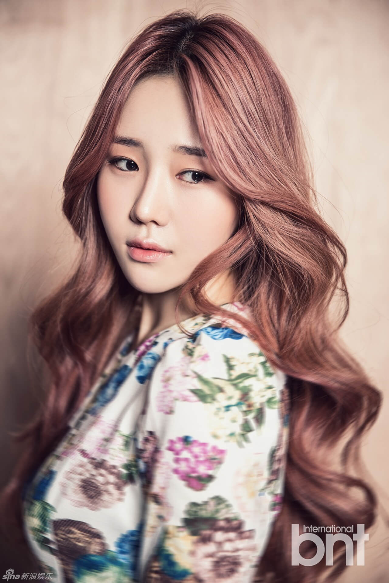 Jiyul – Dal Shabet hot hairs