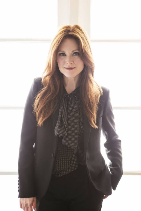 Julianne Moore hot lady