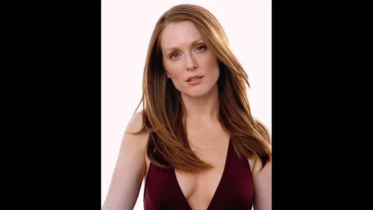 Julianne Moore hot photo
