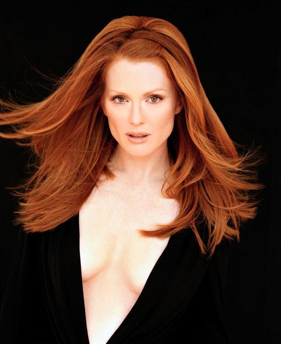 Julianne Moore sexy women pic