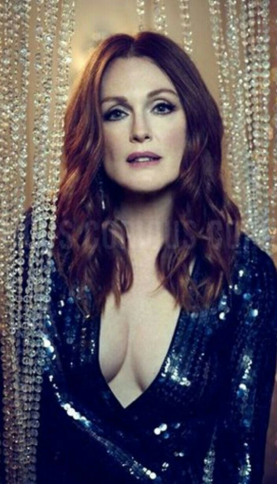 Julianne Moore too hot pic
