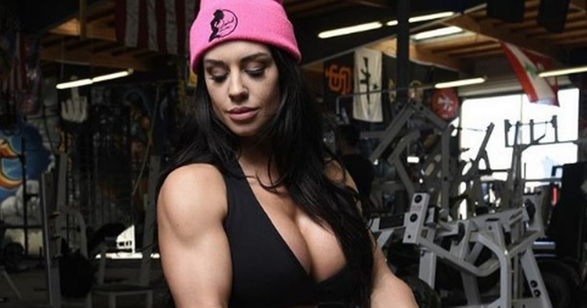 Kaitlyn on Workout