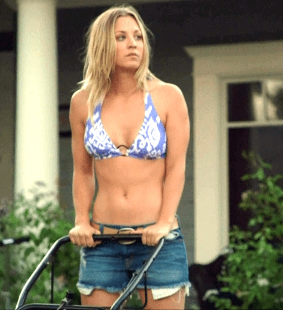 Kaley Cuoco big boobs picture