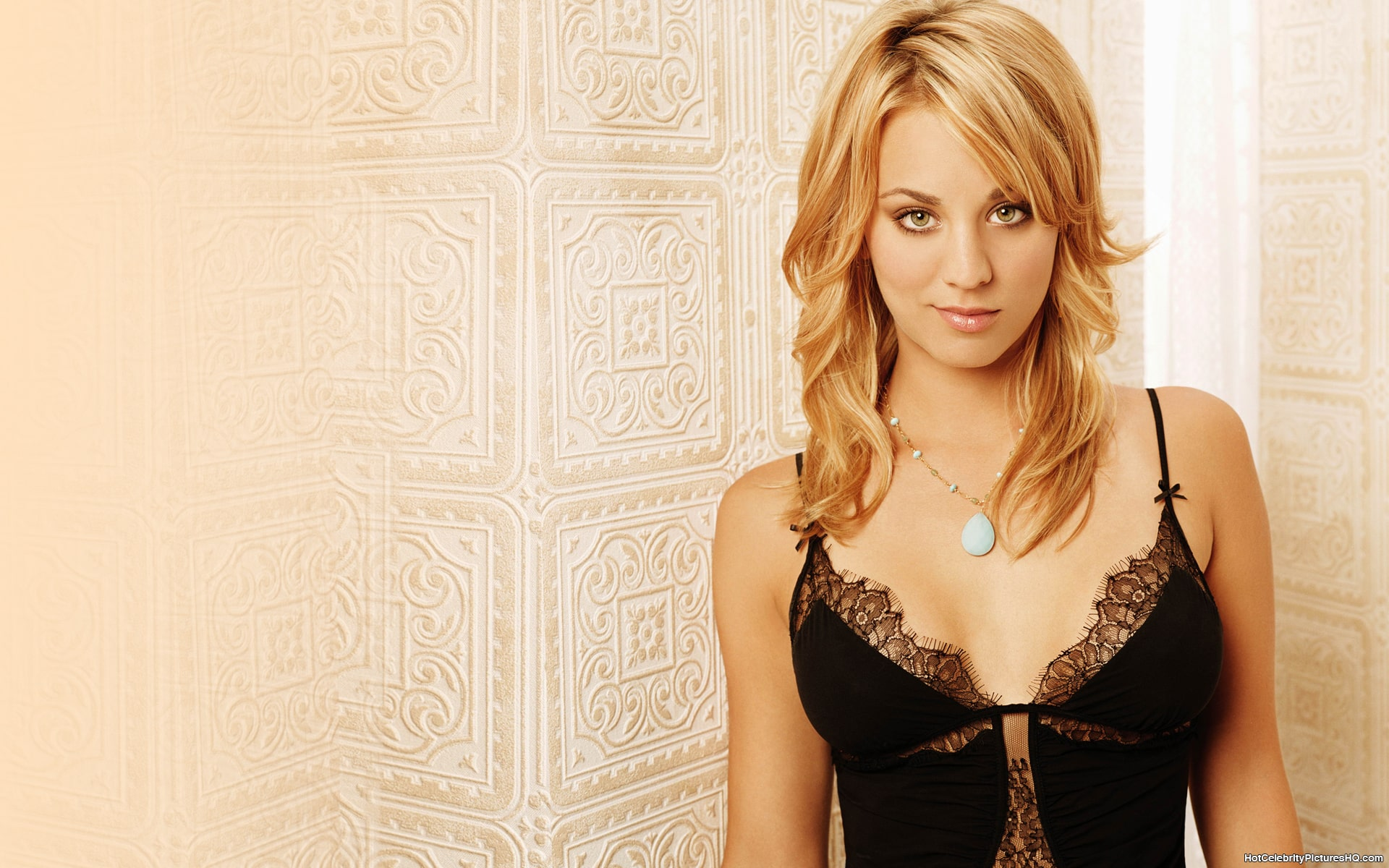 49 Sexy Kaley Cuoco Boobs Pictures Are Gift From God To Humans-2810