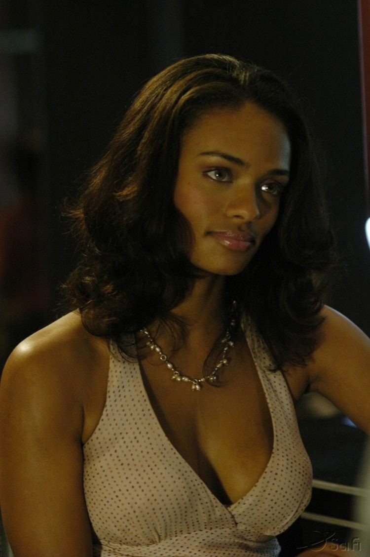 Kandyse McClure Sexy Boobs