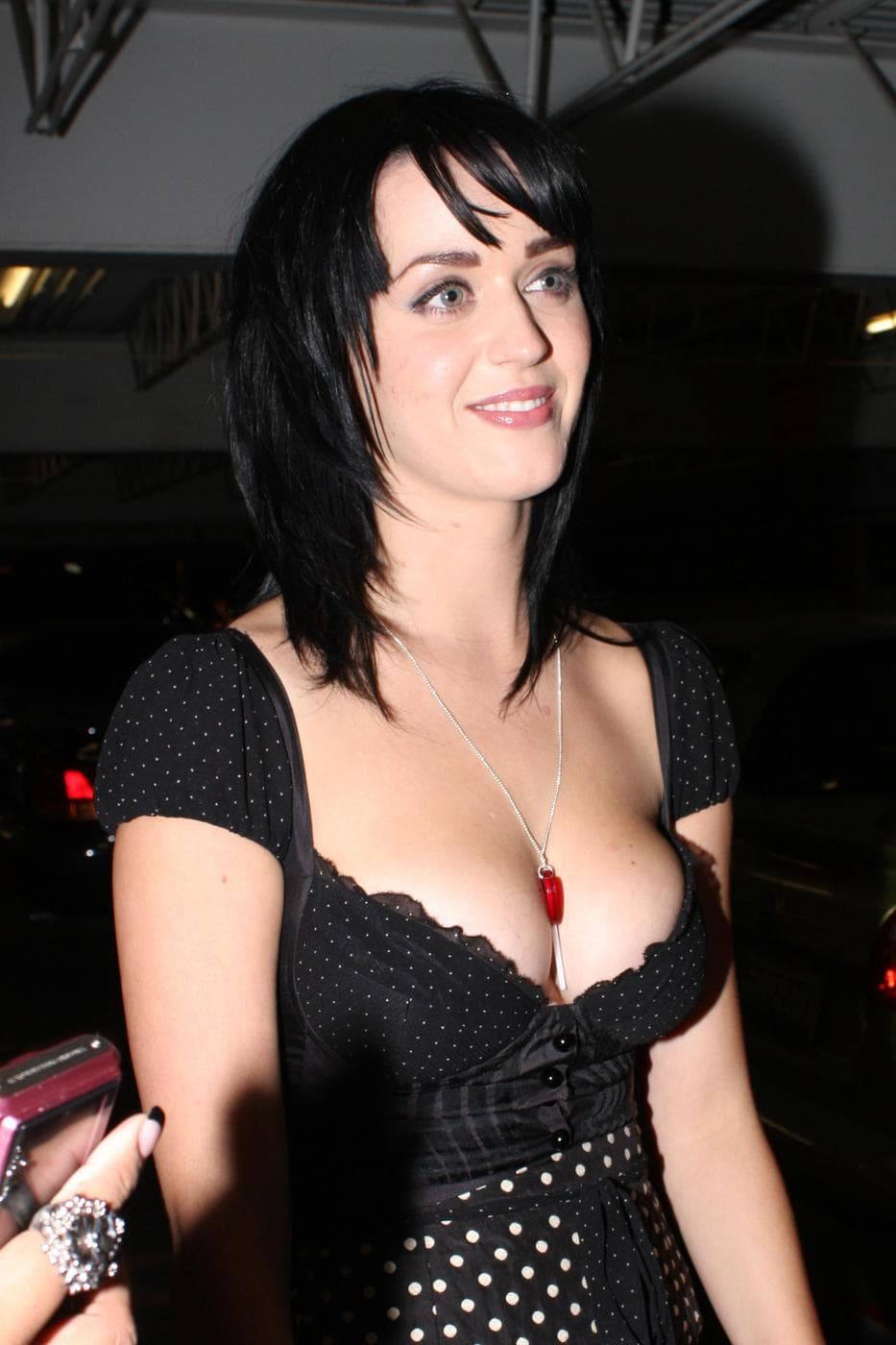 Katy Perry cleavages awesome (2)