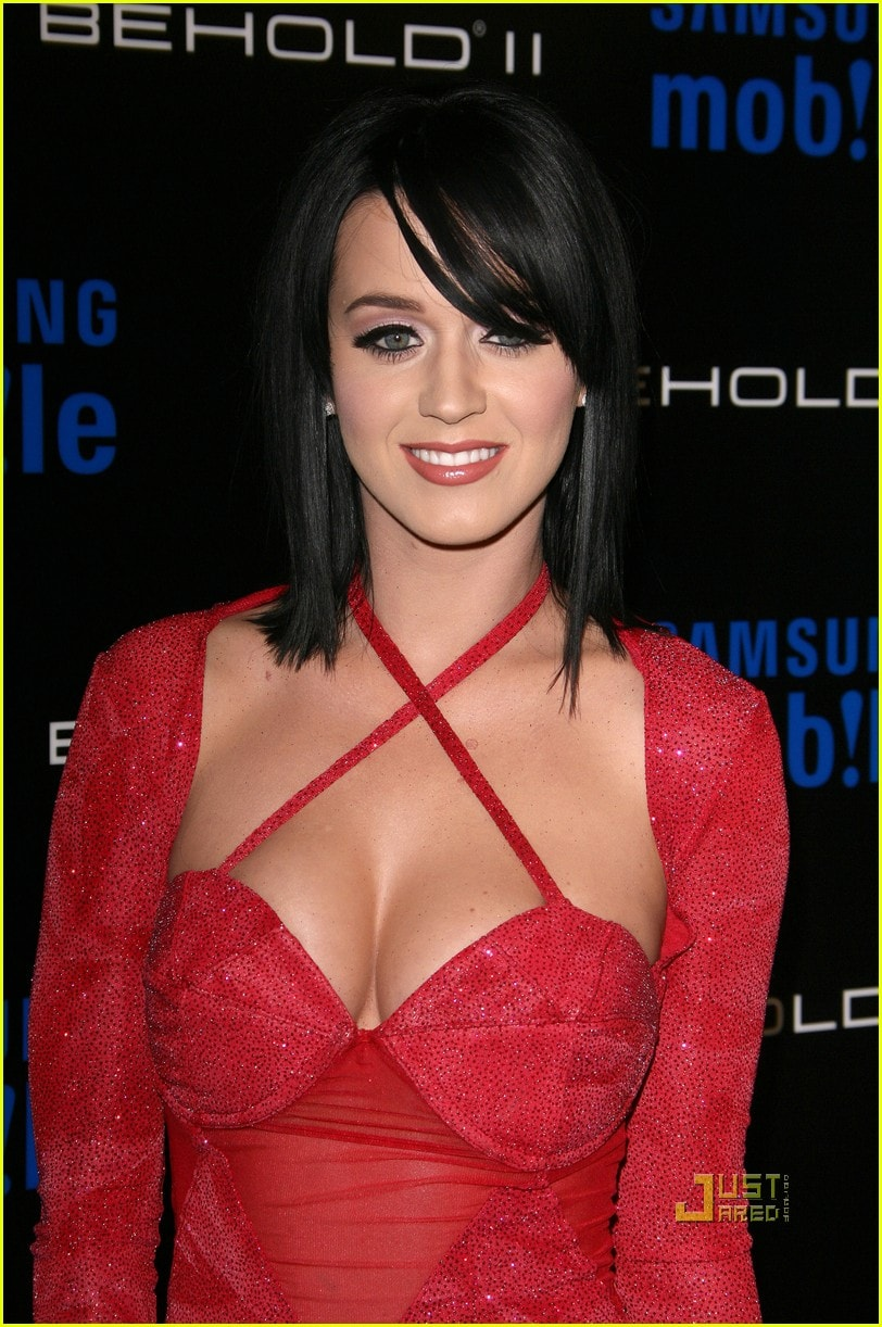 Katy Perry cleavages