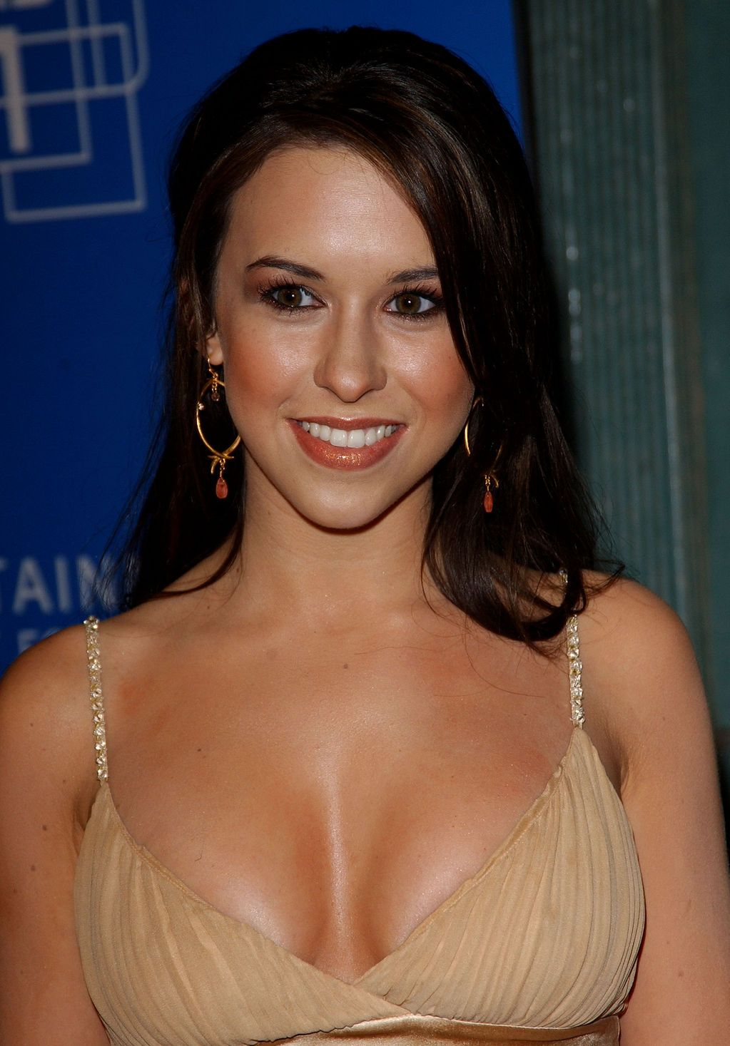 Lacey Chabert hot boobs