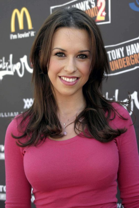 Lacey Chabert sexy boobs pic