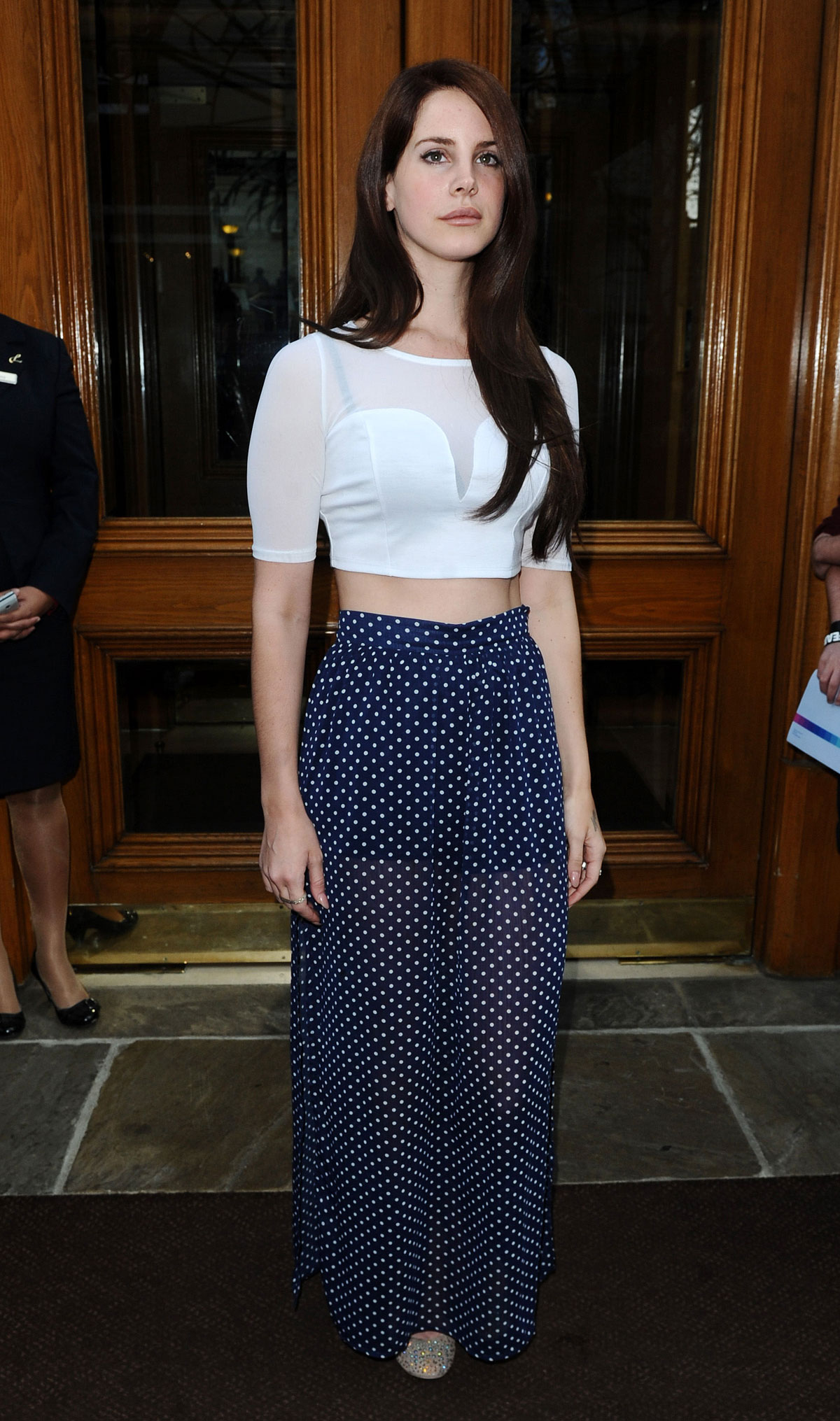 LANA Del REY at Her London's Hotel