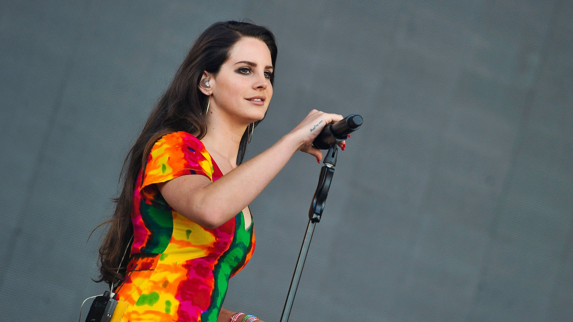 55 Hot Pictures Of Lana Del Rey Are Heaven On Earth