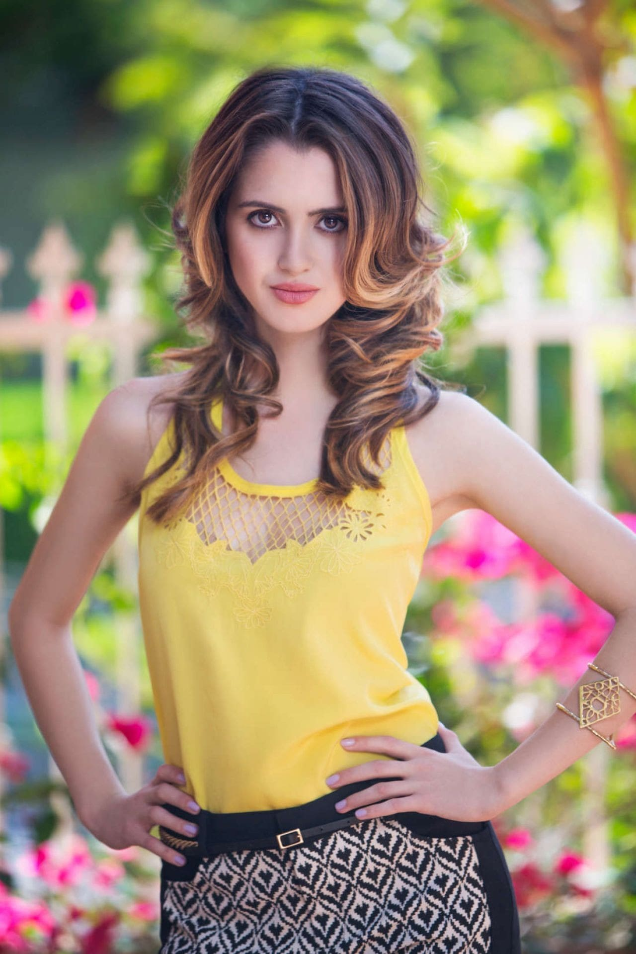 Laura Marano cleavages pic