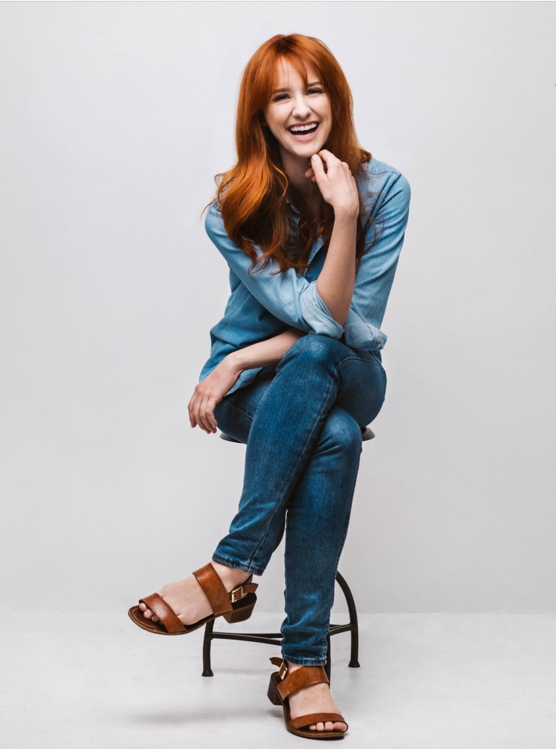 Laura Spencer sexy legs