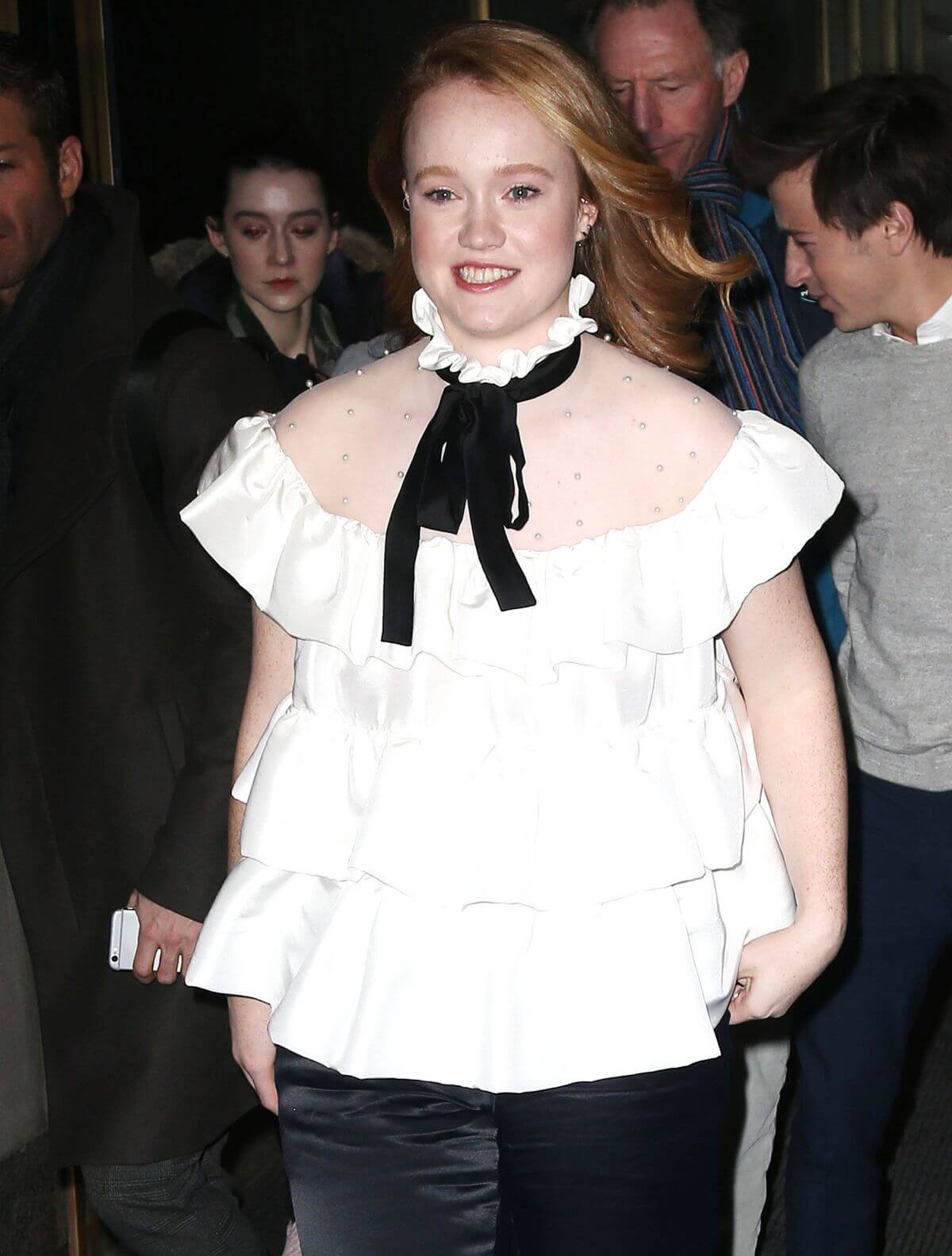 Liv Hewson hot picture (3)