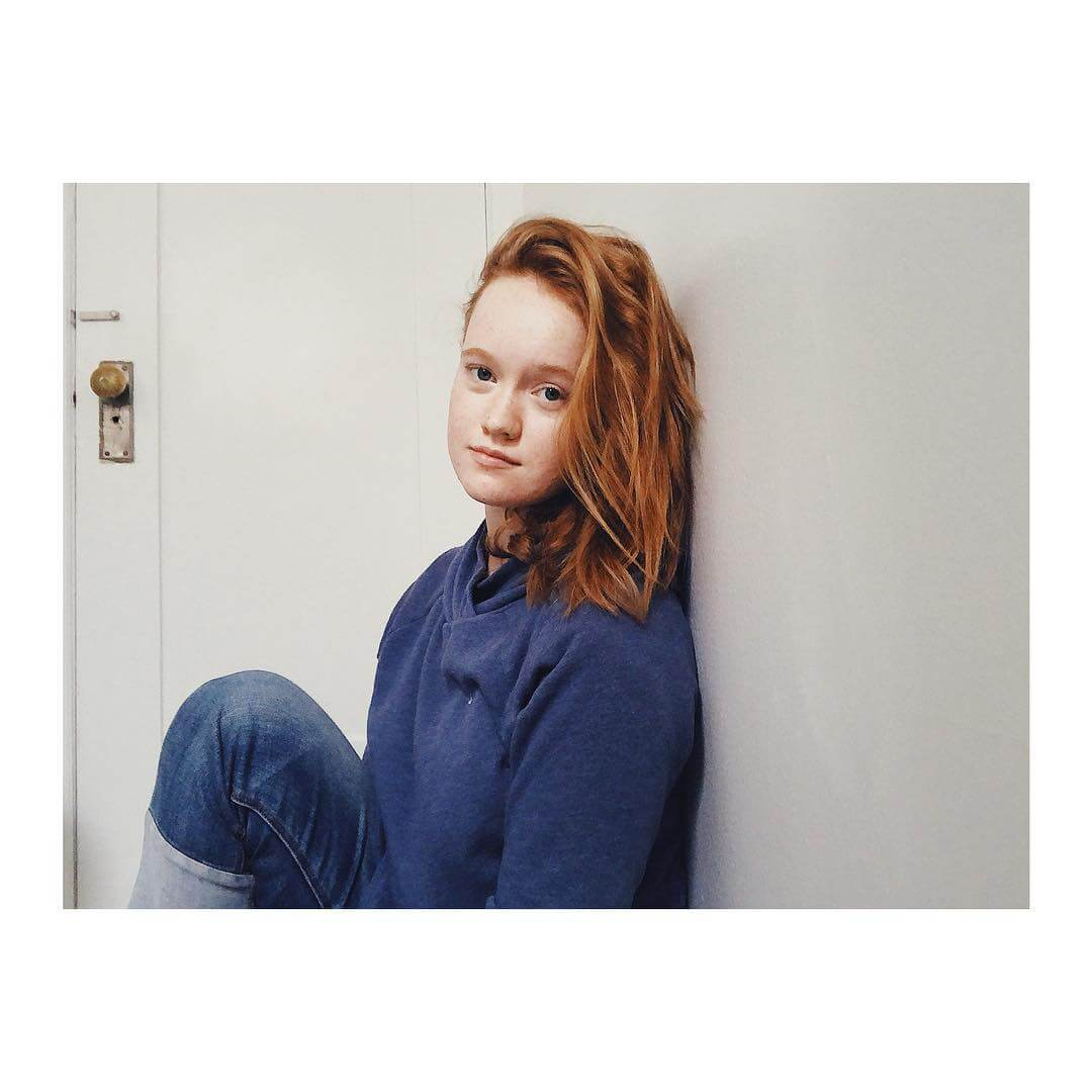 Liv Hewson sexy picture