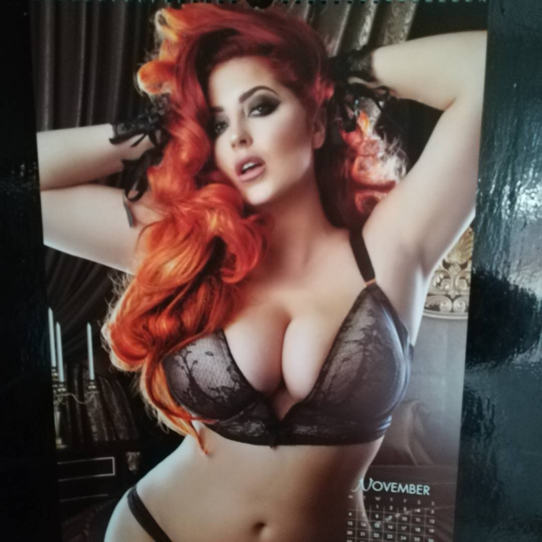 Lucy Collett Hot Pics