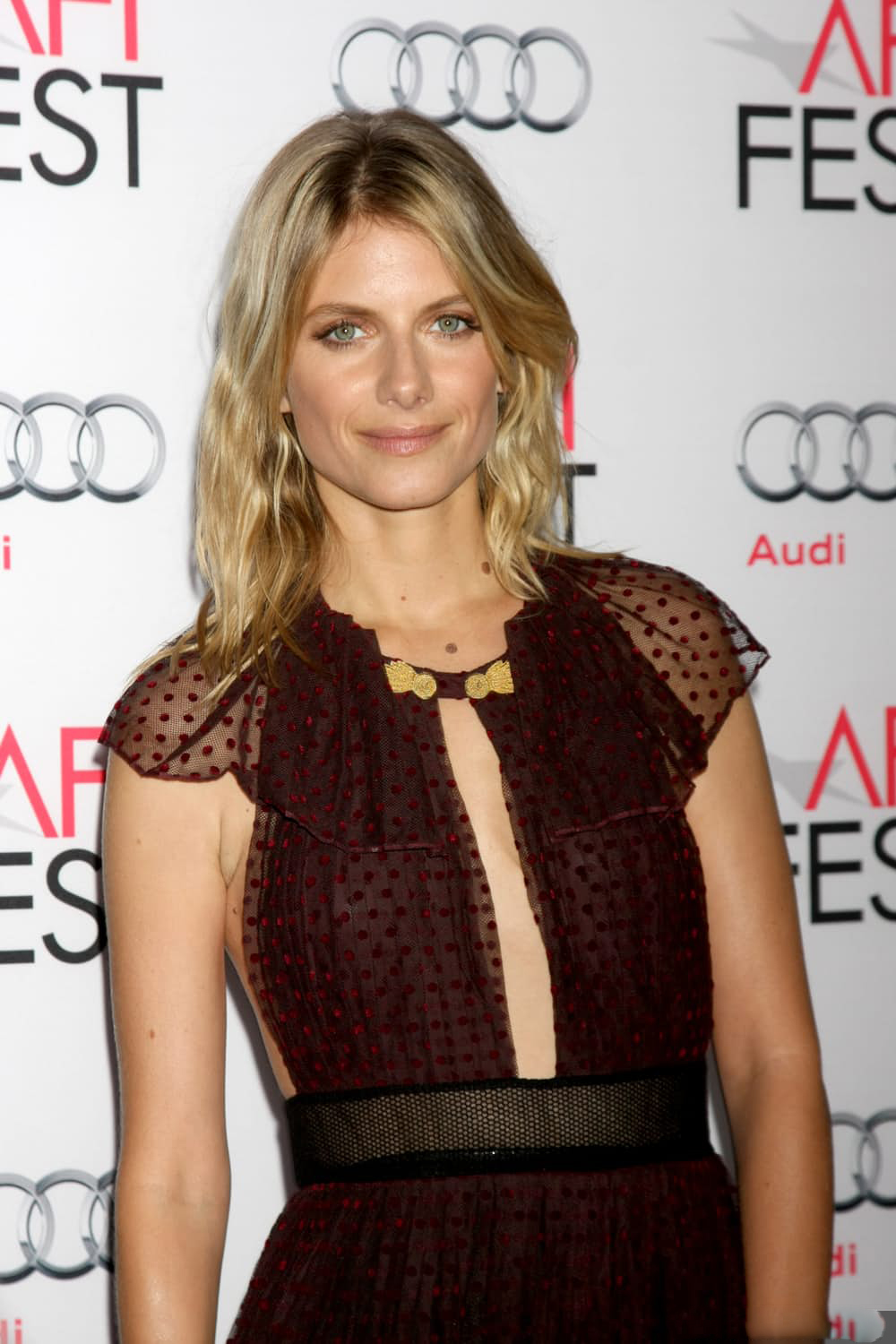 49 Hot Pictures Of Mélanie Laurent Are Amazingly Beautiful