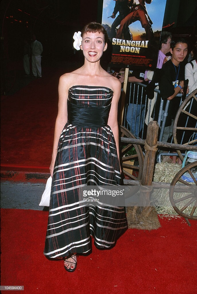 MIA SARA awesome pictures