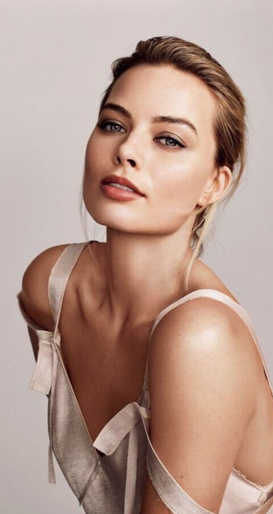 Margot Robbie Photoshoot