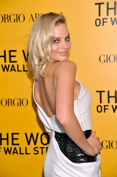 Margot Robbie Sexy Back