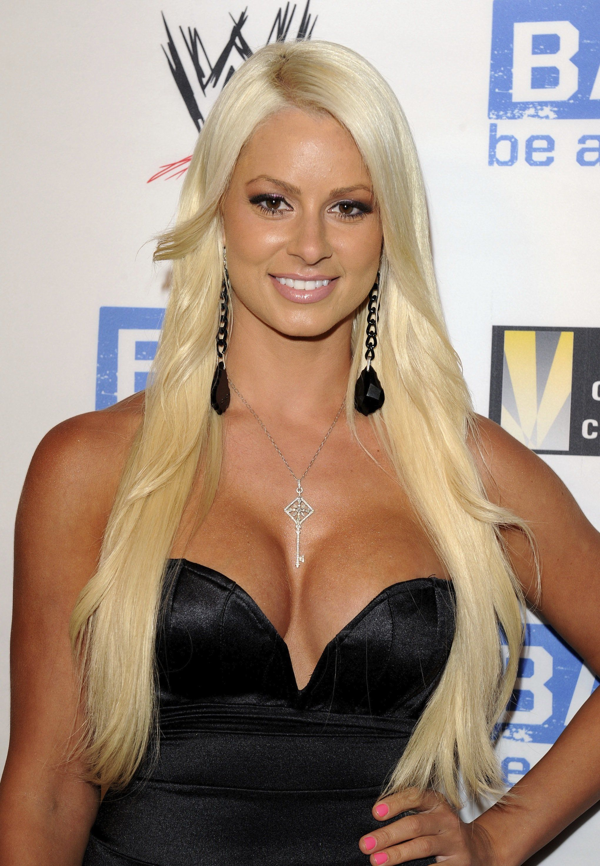 60+ Sexy Maryse Ouellet Boobs Pictures That Will Make Your