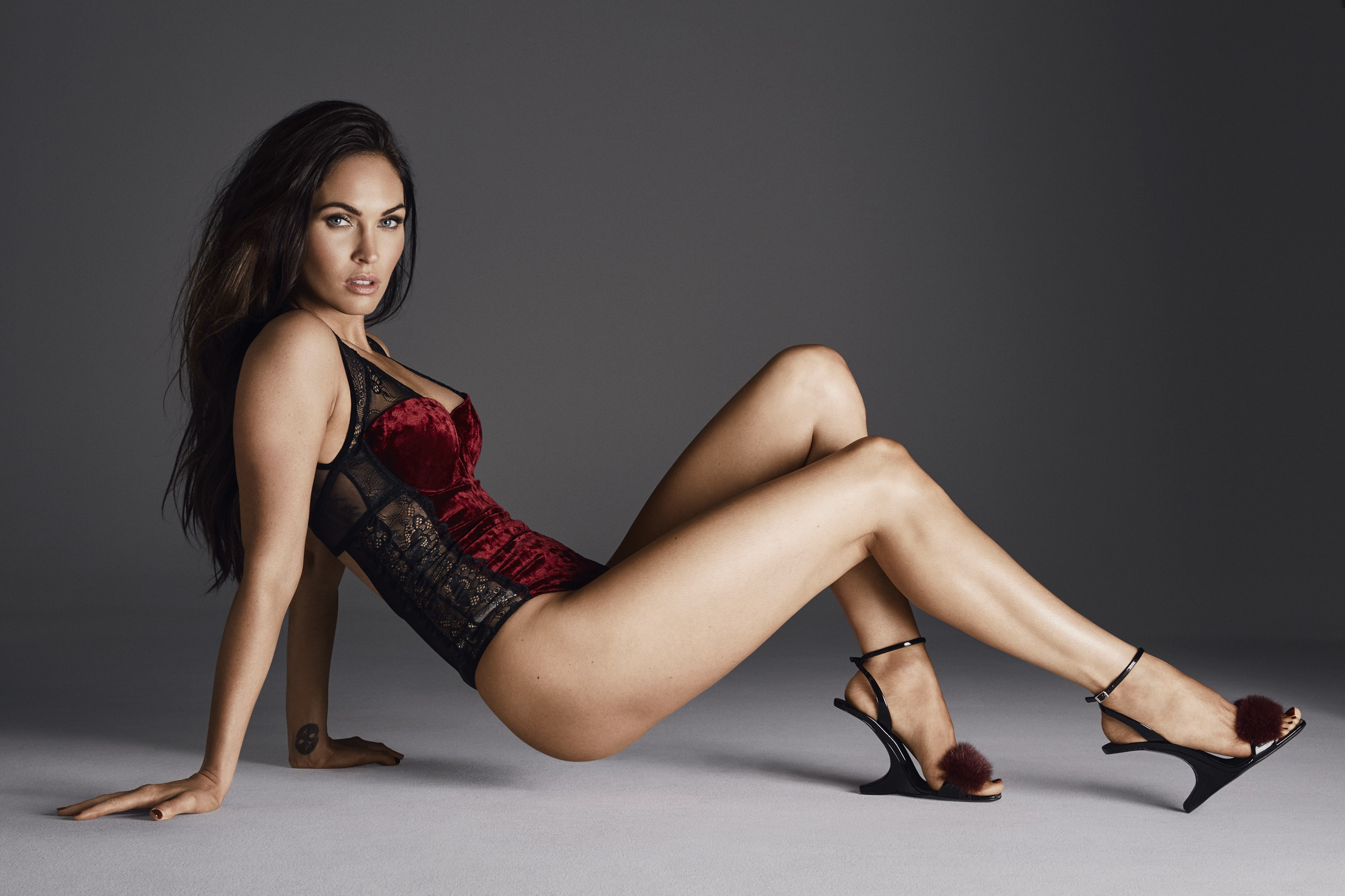 Megan Fox legs awesome