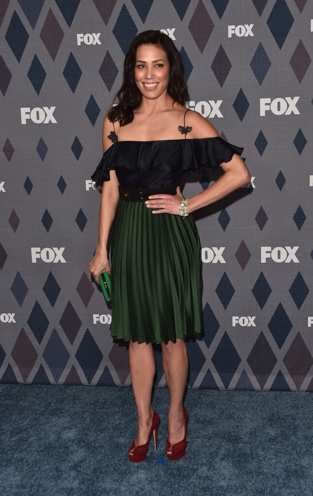 Michaela Conlin black red dress