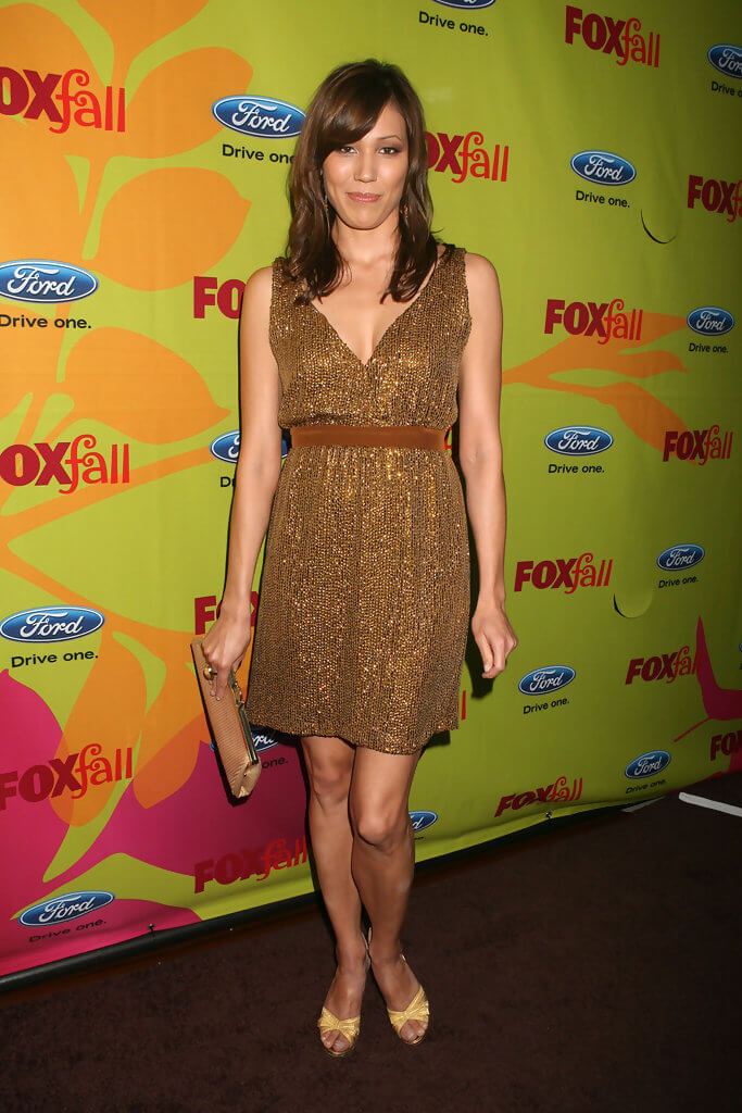 Michaela Conlin feet photo