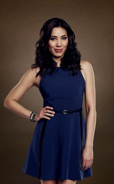 Michaela Conlin hot blue dress