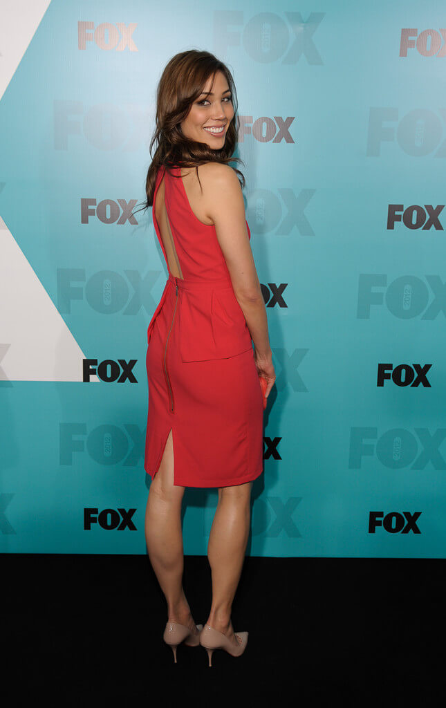 Michaela Conlin hot red dress