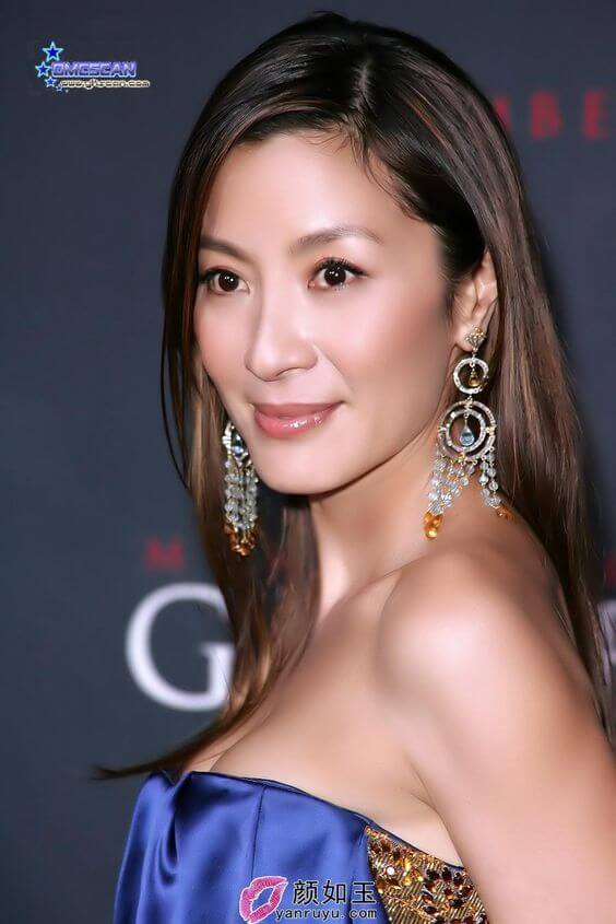 Michelle Yeoh blue sexy dress