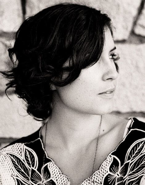 Missy Higgins hot picture