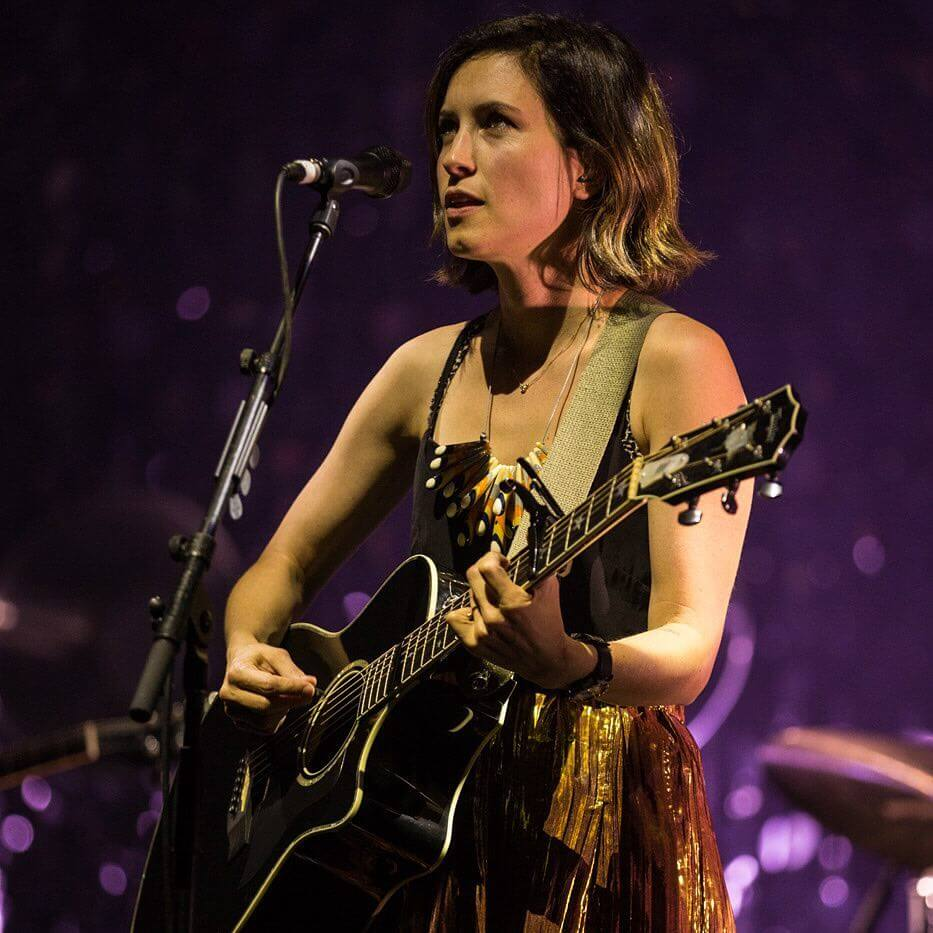 Missy Higgins sexy picture (3)
