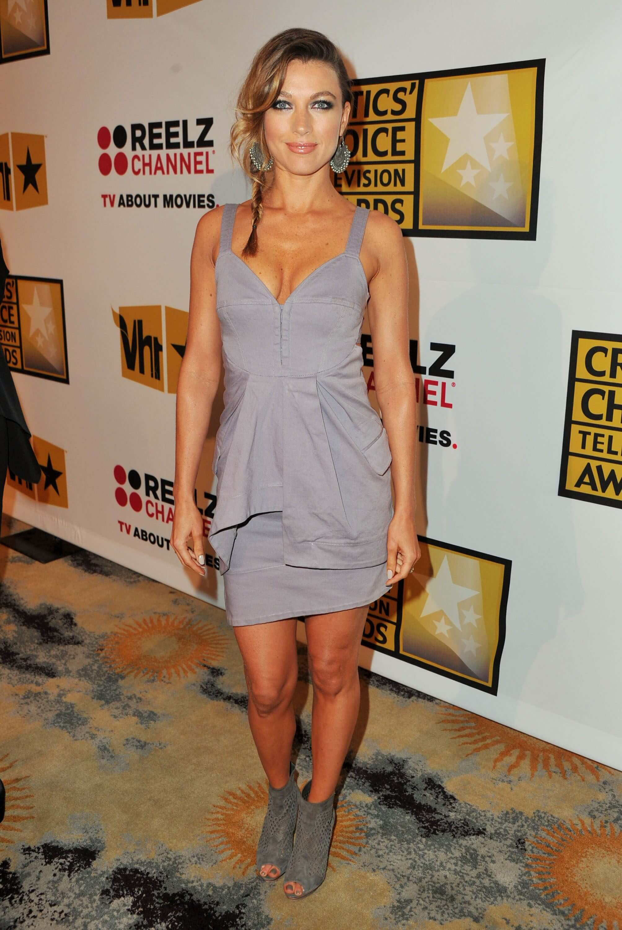 61 Hot Pictures Of Natalie Zea Are Gift From God To Humans