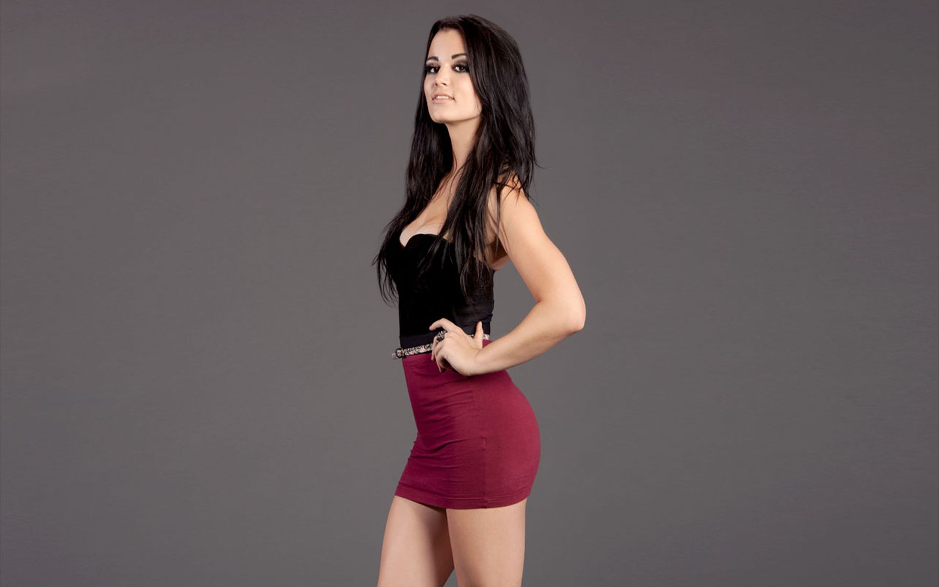 Paige sexy look pic