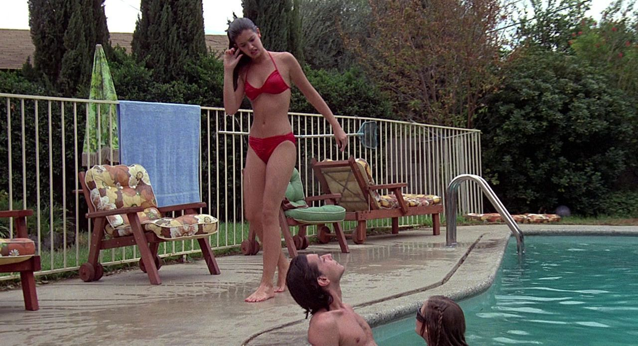 Phoebe Cates legs awesome pic