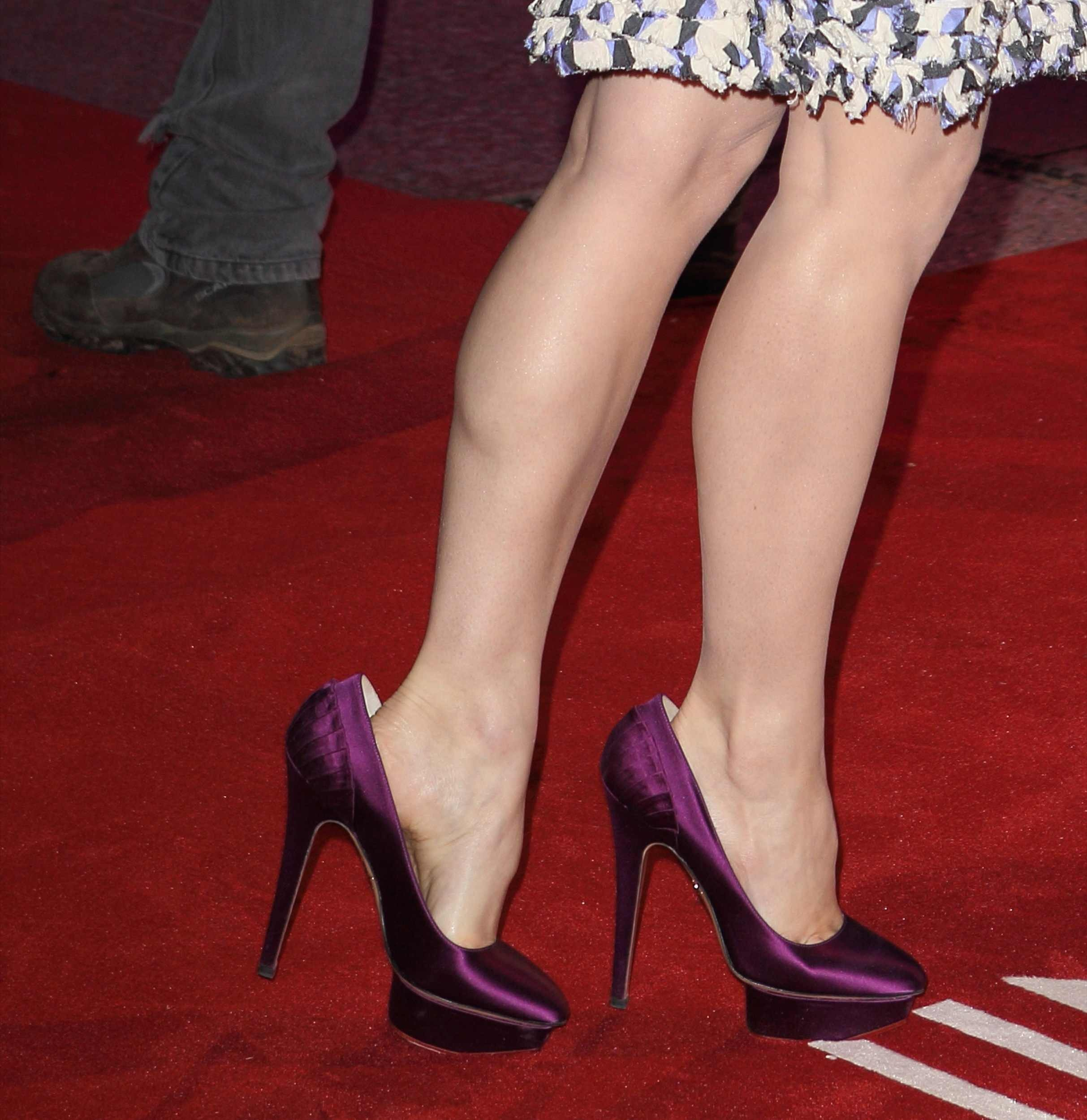 Rachel McAdams Sexy Feet Photo
