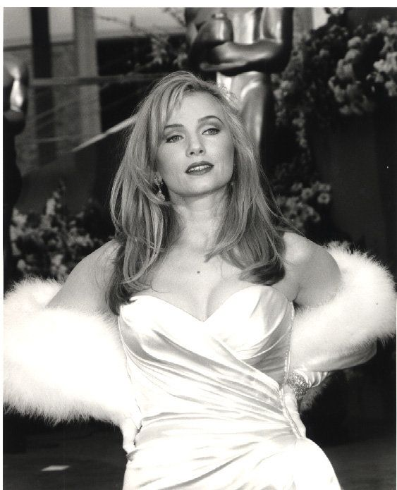 Rebecca De Mornay hot photo (3)