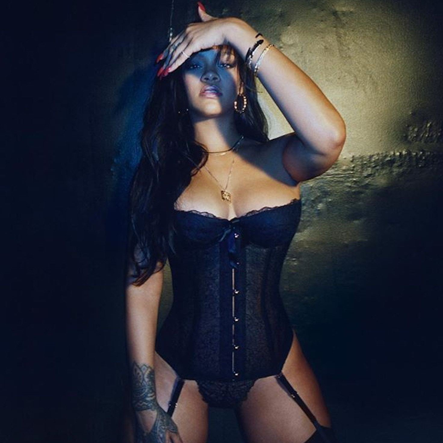 Rihanna sexy cleavages