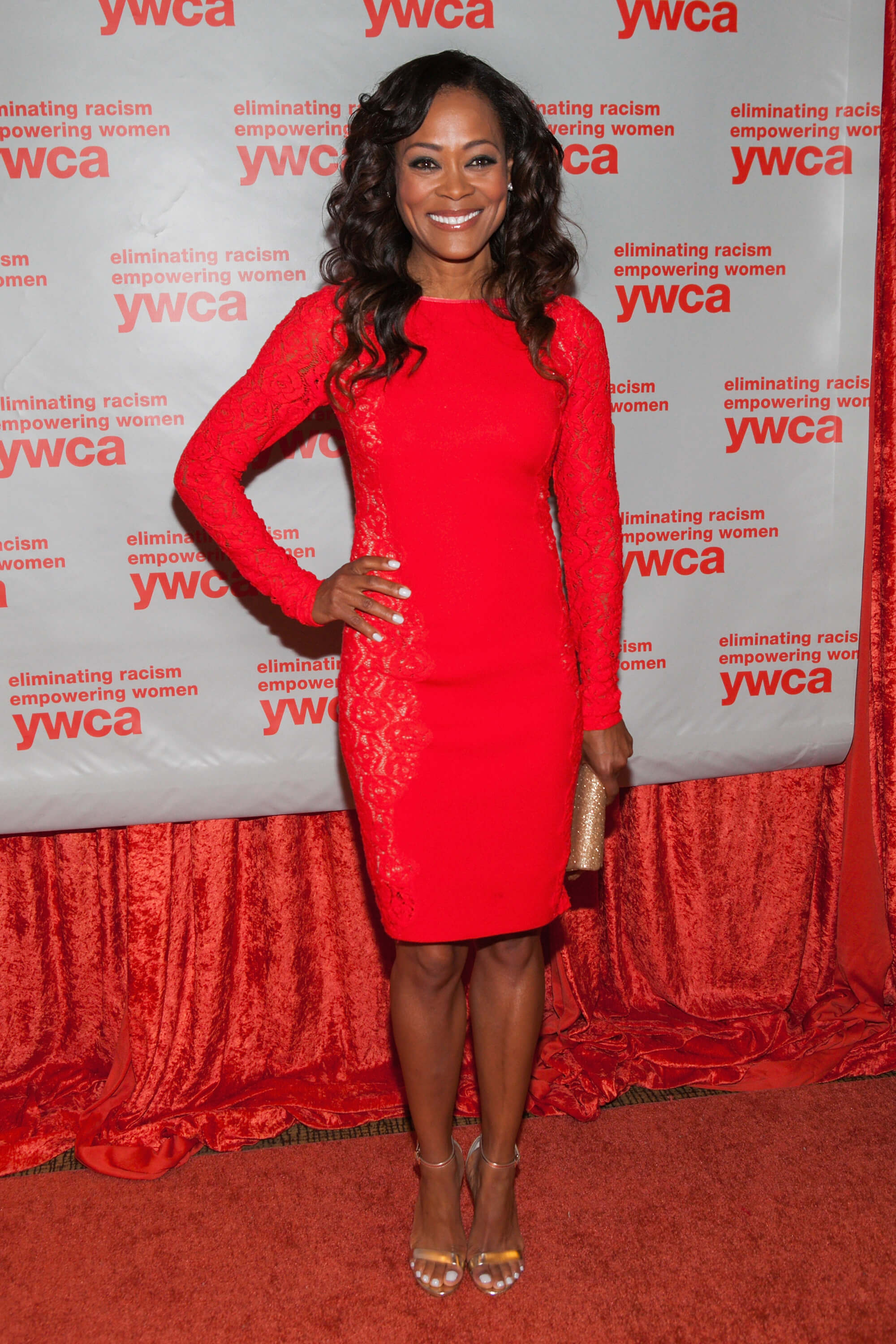 Robin Givens red hot pic