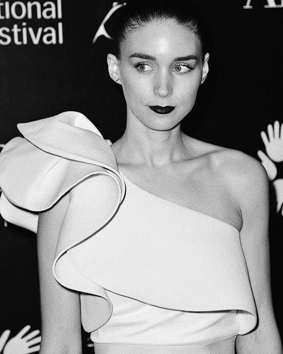Rooney Mara very sexy photo