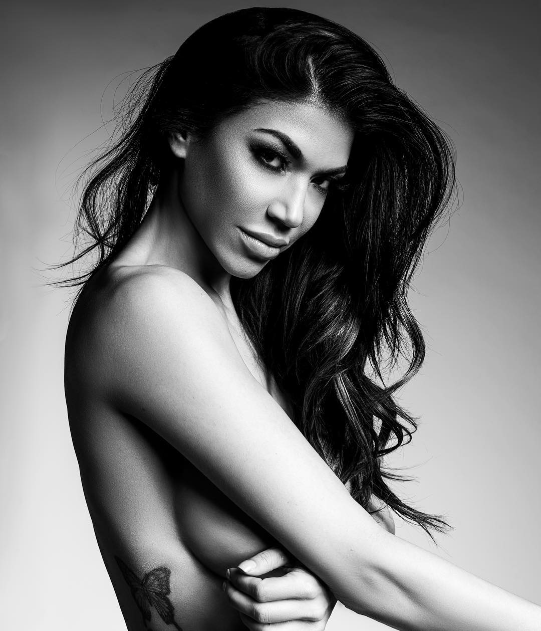 Rosa Mendes Sexy Boobs Pictures in Side Pictures