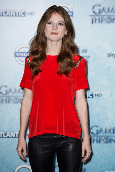 Rose Leslie hot and sexy pic