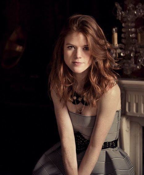 Rose Leslie sexy and hot photo