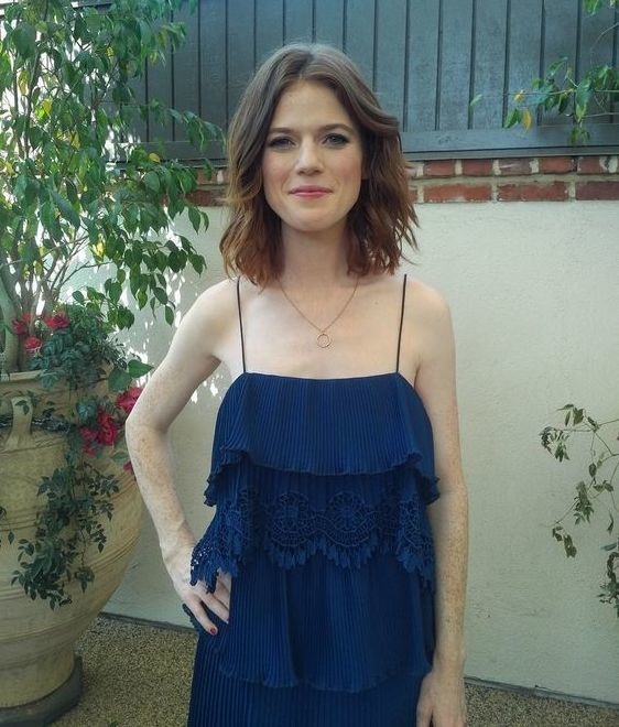 Rose Leslie sexy women pic