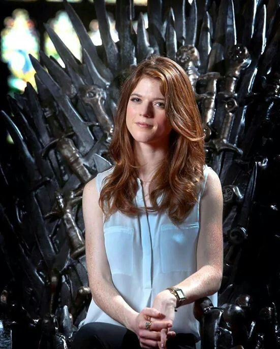 Rose Leslie too sexy photo