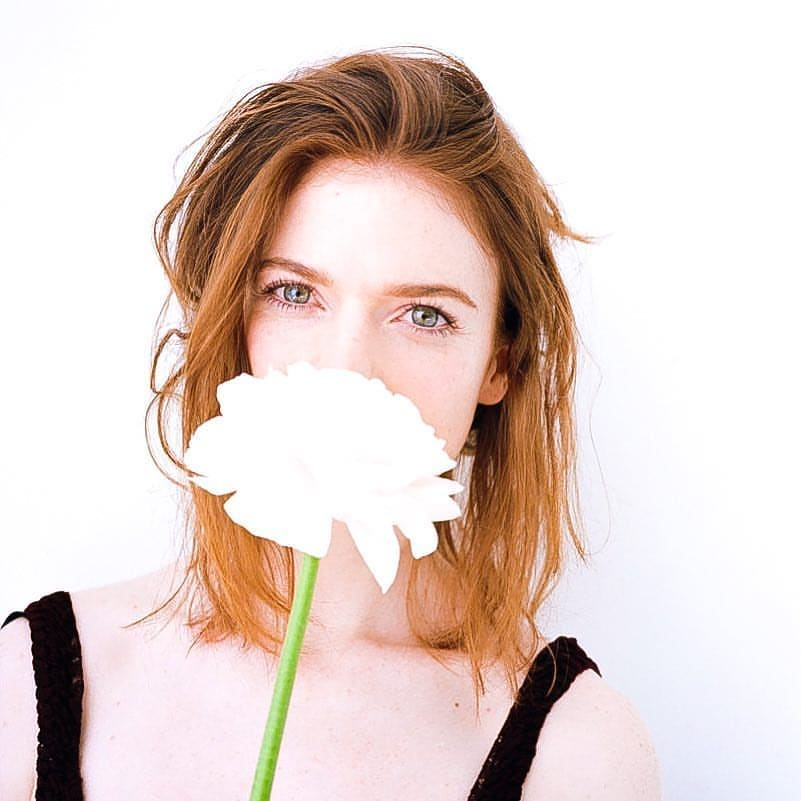 Rose Leslie too sexy picture
