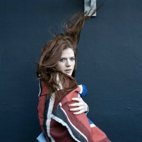 Rose Leslie very hot pic